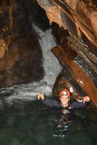Cachoeira dentro Caverna Ouro Grosso